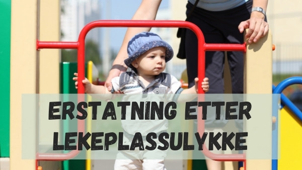 Et barn som leker på en lekeplass hvor det kan være fare for en lekeplassulykke hvis ingen voksne følger med