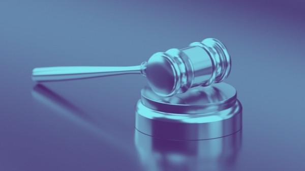 En dommerhammer som nettopp har blitt brukt i en rettsak som omhandlet skadeserstatningsloven 3-1